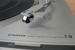 Gramofóny Pioneer