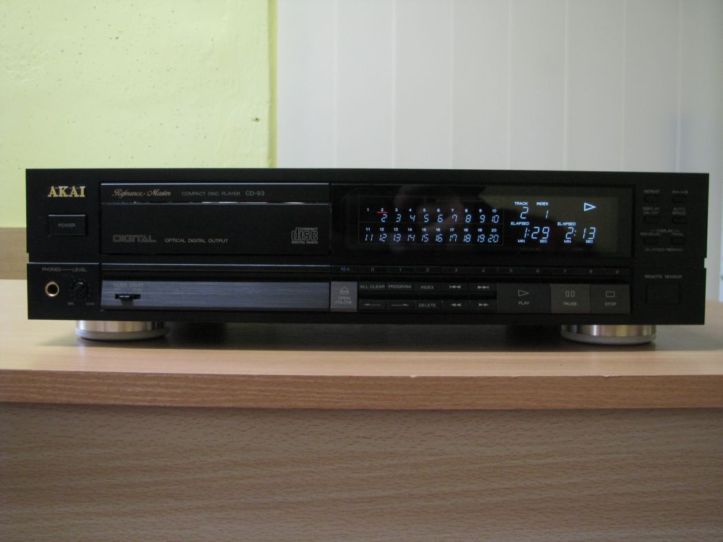 Akai CD-93_2