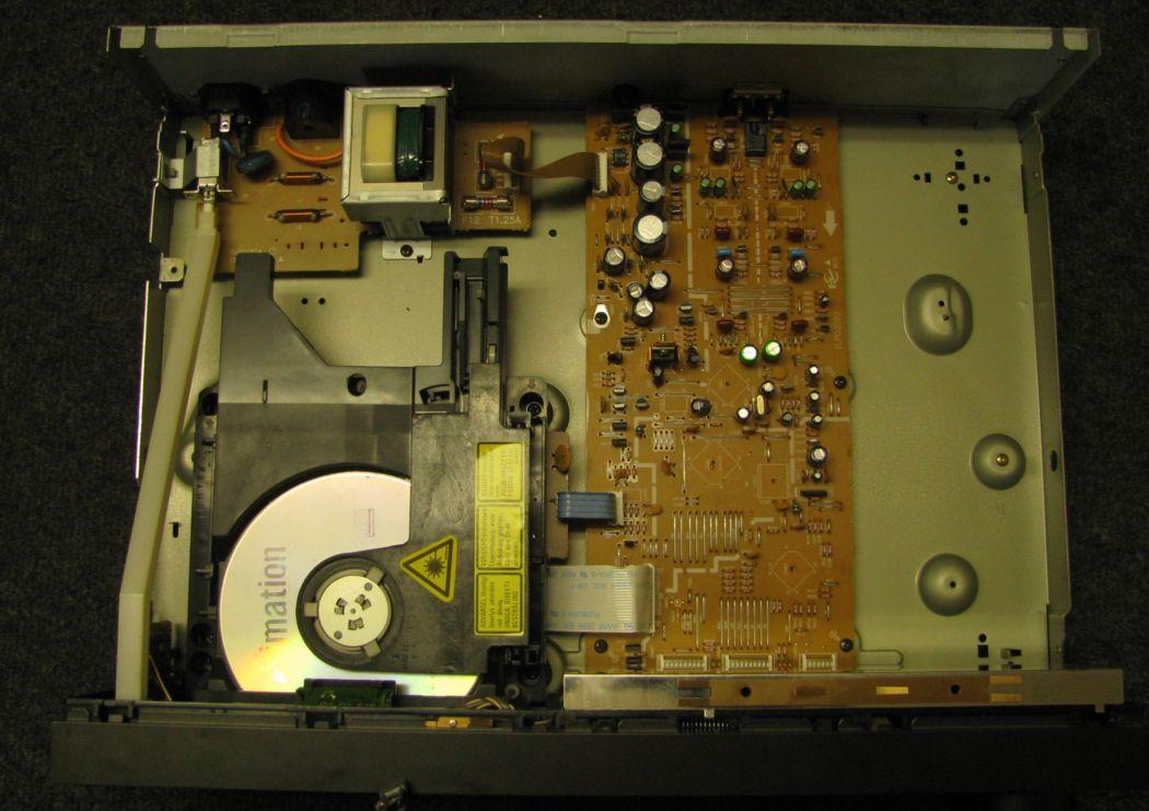 Technics SL-P777_1