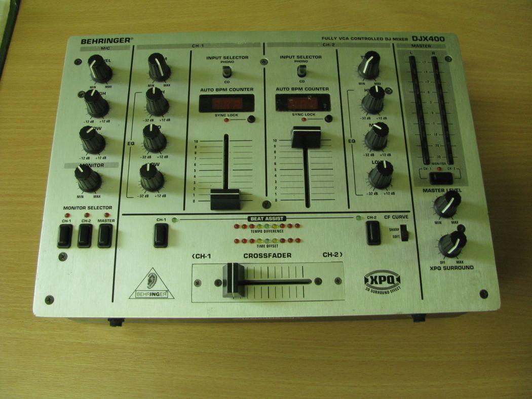 Behringer DJX 400_1