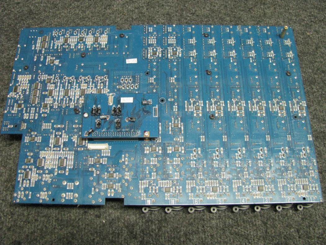 Behringer Europower PMP980S_3