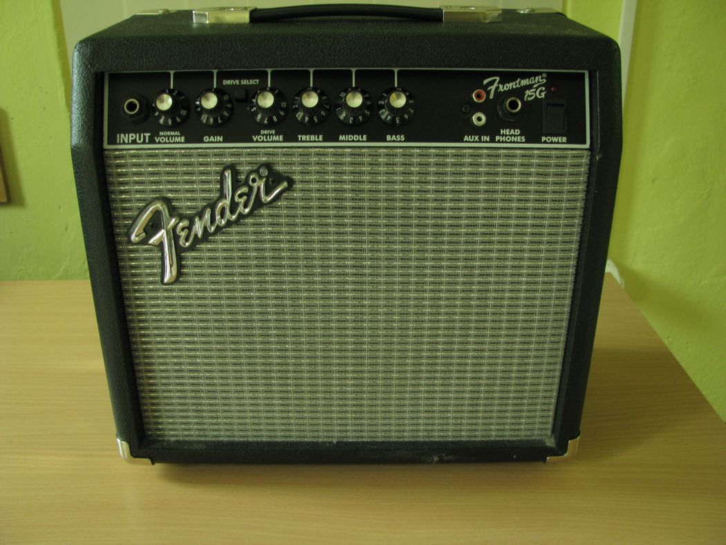 Fender Frontman 15G_2