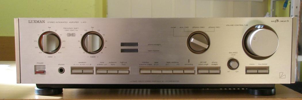 zosilňovače a av receivery - Luxman