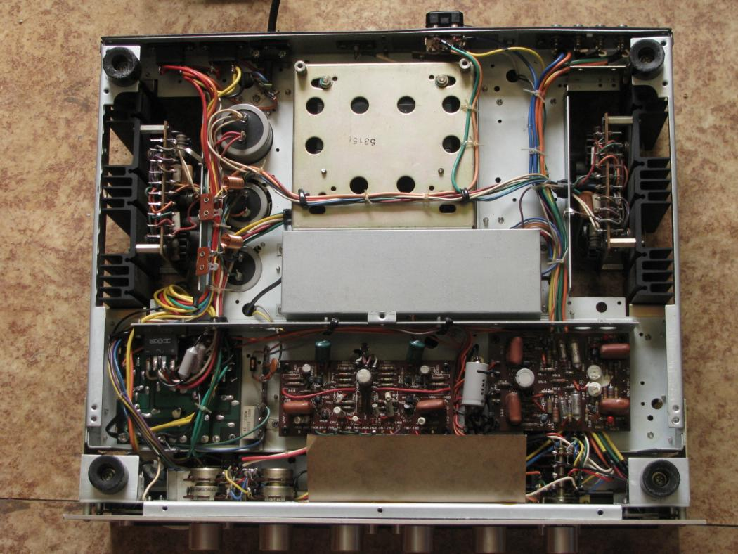 Marantz Model 2230_3