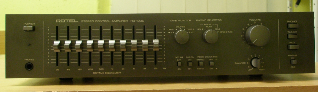 Rotel RC-1000