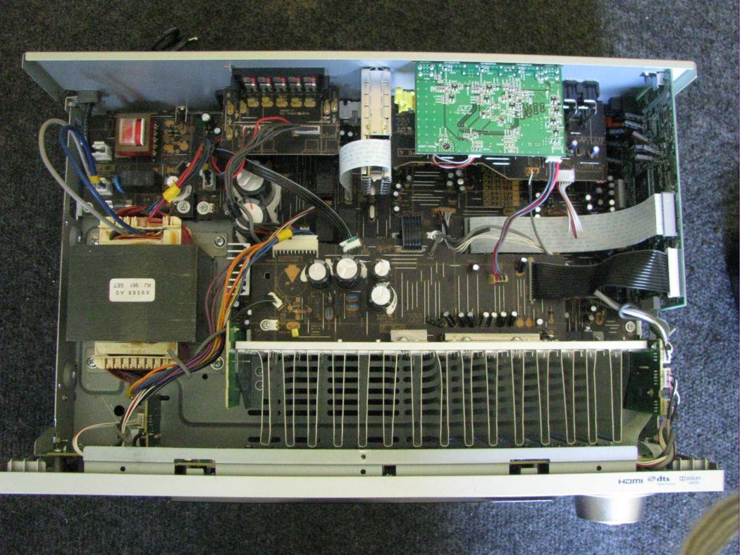 Yamaha HTR-6230_1