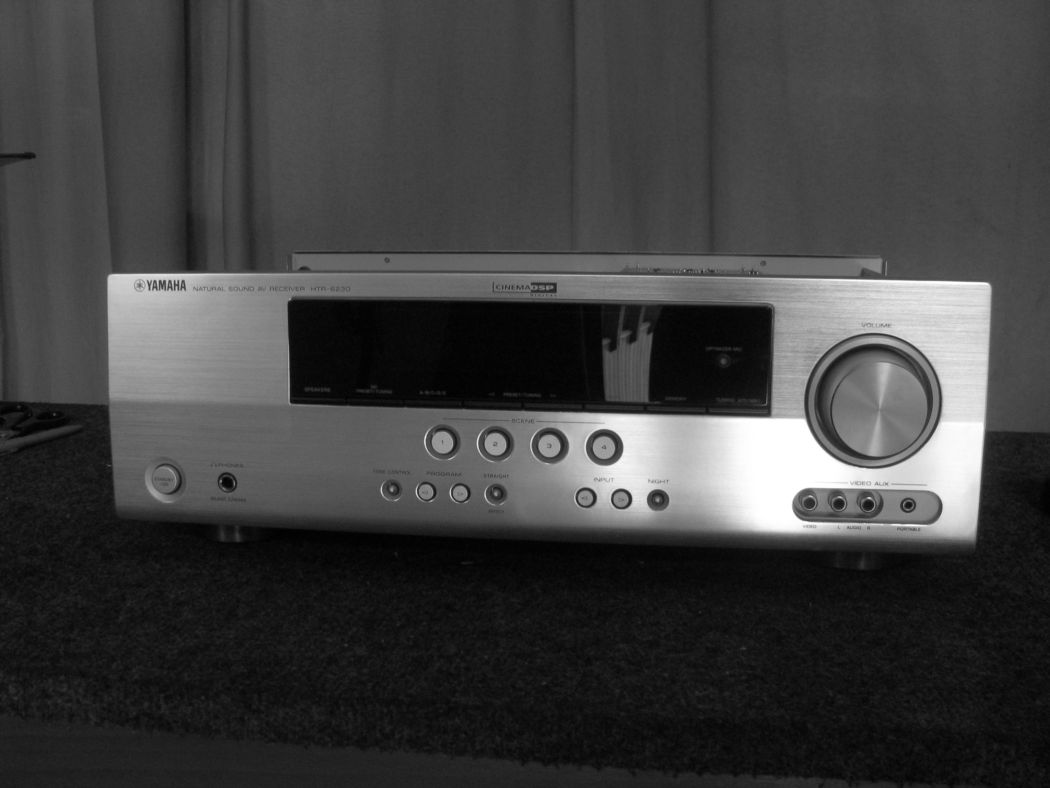 Yamaha HTR-6230_2