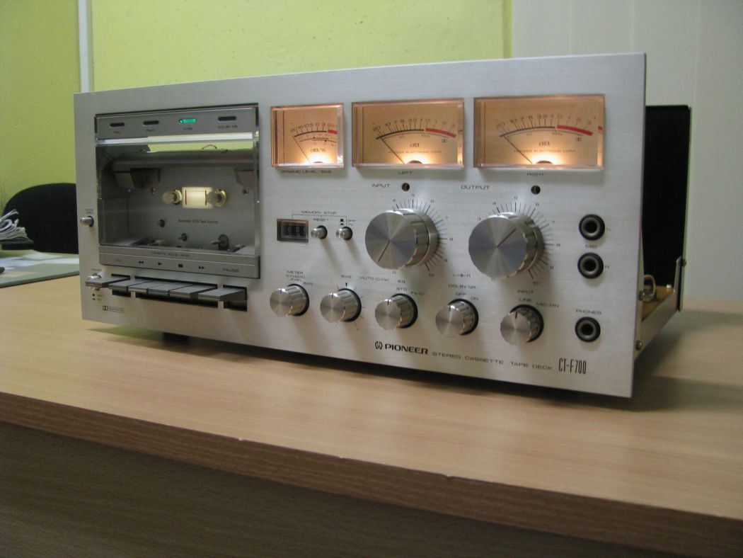 Pioneer CT-F 700_2